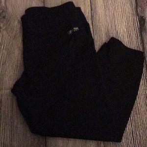 Calvin Klein black cropped work out pants Sz Lg